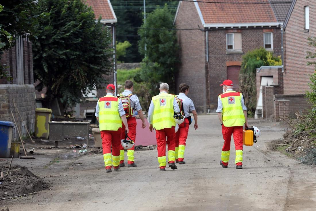 Nog nauwelijks crisisvrijwilligers ingezet, maar Rode Kruis belooft op te schalen naar 200 per dag