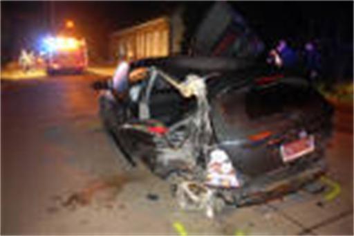 Jongeren crashen in Leliestraat