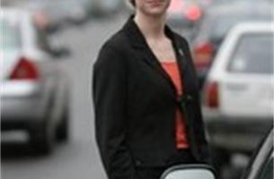 Zijspiegels slachtoffer van overdreven snelheid en smalle straat
