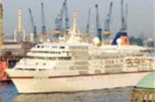 Enige vijfsterrenschip ter wereld meert tien uurtjes aan in Antwerpen
