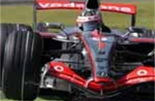 Fernando Alonso verovert pole