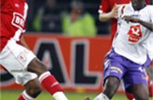 Standard wint met 3-1 van Germinal Beerschot
