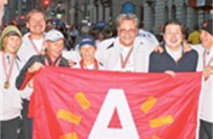 Philip Heylen haalt finish marathon New York - Album