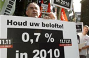 11.11.11 dient klacht in tegen kritisch boek