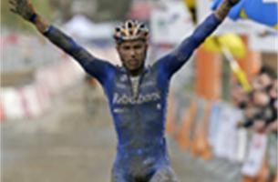 Sven Nys wint WB-cross in Igorre