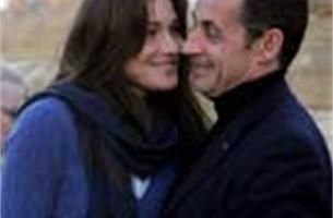 Moeder Carla Bruni weet niets van geheim huwelijk