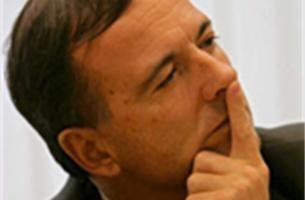 Frattini wil vingerafdruk van elke bezoeker in de  EU