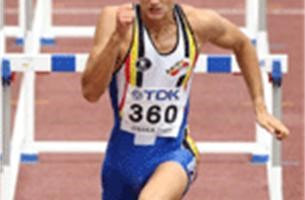 Adrien Deghelt loopt WK-minimum op 60 meter horden