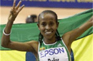 Meseret Defar pakt derde wereldtitel op de 3.000 meter