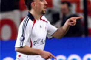 Goal van Ribéry tegen Anderlecht kost Van Bommel 100 euro