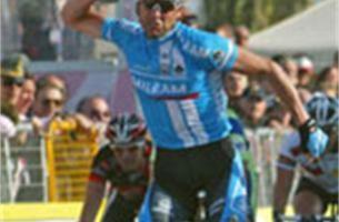 Milram weert Petacchi uit Gent-Wevelgem