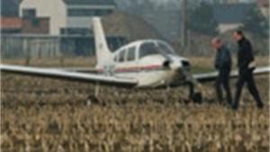 Vliegtuig veroorzaakt mini-tornado in Erps-Kwerps