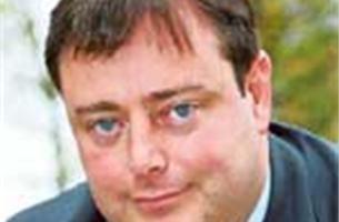 """De Wever: """"Straks staat er een gek met een mes voor de deur"""""""