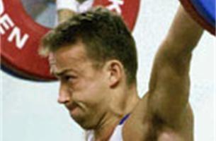 Gewichtheffer Tom Goegebuer mikt in Peking op top acht