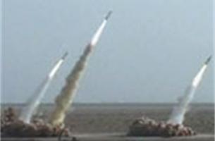 Iran schrikt Israël af met test raketten