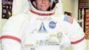 Schooldirecteur leeft een week als astronaut