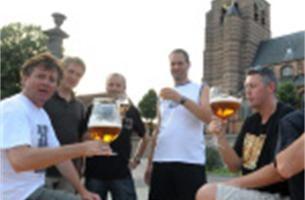 Basketbalclub stelt streekbier voor op bierfeesten