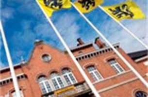 Even wapperde Belgische vlag terug in Lennik