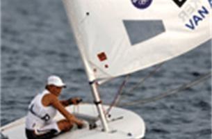 Evi Van Acker stijgt weer naar zesde plaats