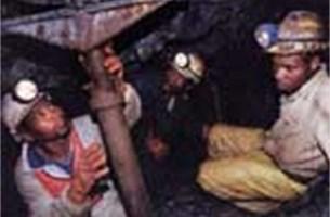 Congolese milities controleren mijnbouw