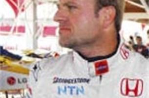 Barrichello haalt uit naar Ferrari en Schumacher