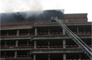 AXA kantoor in Berchem geëvacueerd na brand - foto's