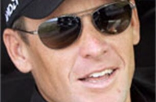 Lance Armstrong onderging al 7 dopingcontroles