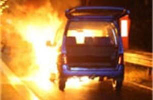 Wagen schiet in brand op Antwerpse ring