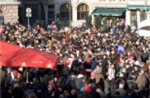 9.500 Antwerpenaren klinken op de Grote Markt