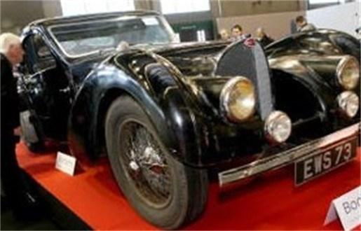 3,4 miljoen euro voor uiterst zeldzame Bugatti   fotoalbum