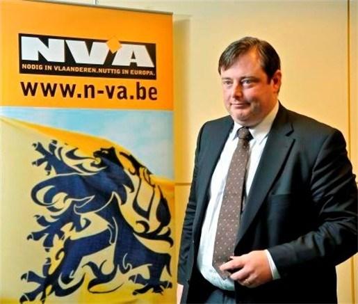 Bart De Wever trekt Antwerpse lijst N-VA