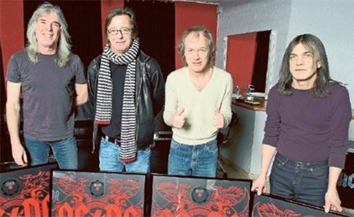 AC/DC mijdt pottenkijkers op rustdag
