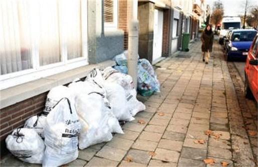 Antwerpse vuilniszakken blijken ondermaats