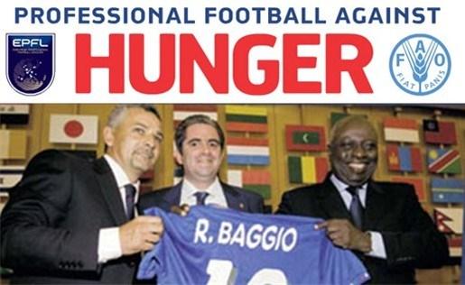 Profvoetballers spelen tegen de honger
