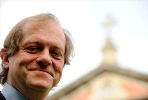 Geert Bourgeois wil Rik Torfs niet in verkiezingsprogramma's VRT