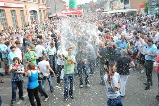 Massa volk, maar geen record op dorpsfeest