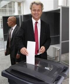 Eurokritische partij Geert Wilders triomfeert