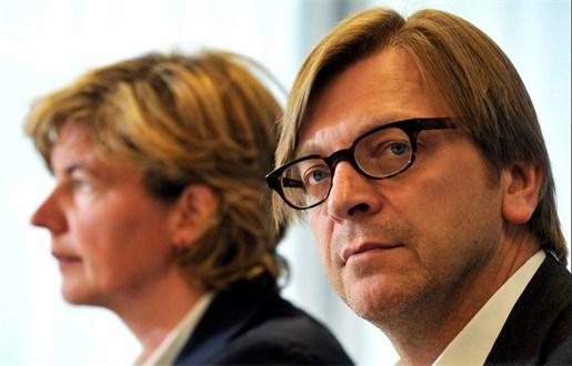 Verhofstadt fluit Ceysens terug over uitspraken N-VA