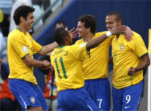 Brazilië klopt Egypte met 4-3