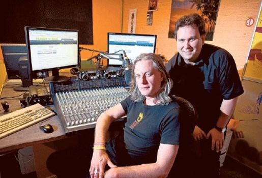 Guy Swinnen schaart zich achter Hechtelse rockradio