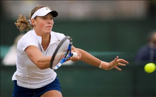 Yanina Wickmayer dendert naar halve finale in Rosmalen