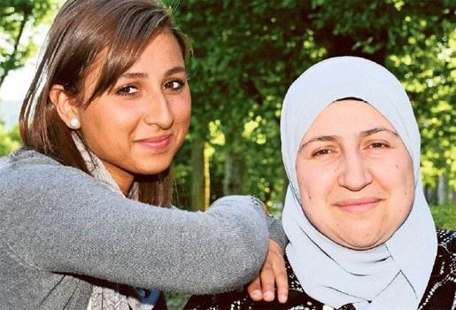 Helft van leerlingen verlaat Antwerps Atheneum door hoofddoekenverbod