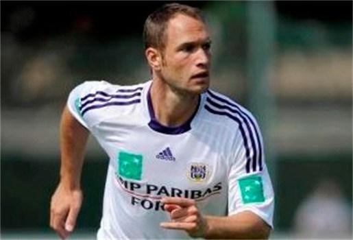Jan Polak dreigt met vertrek uit Anderlecht