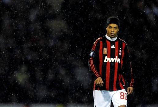 Ronaldinho belooft AC-fans een beter seizoen