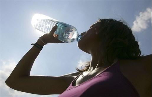 Inflatie maakt drinken gevaarlijk in India