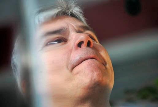 """Bert Anciaux vindt hoofddoekenverbod """"totaal verkeerd"""""""
