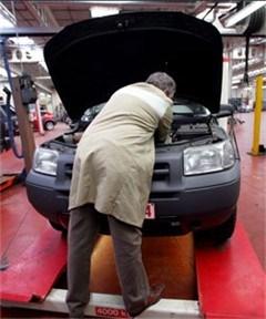 Hebt u een leuk verhaal over het onderhoud aan uw wagen?