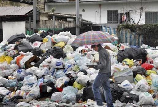 Afval overspoelt Mexico-Stad