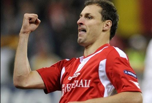 """Jovanovic: """"Dat Bölöni eerst eens juiste tactiek kiest"""""""