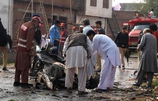 Pakistan derde keer op rij getroffen door bomaanslag